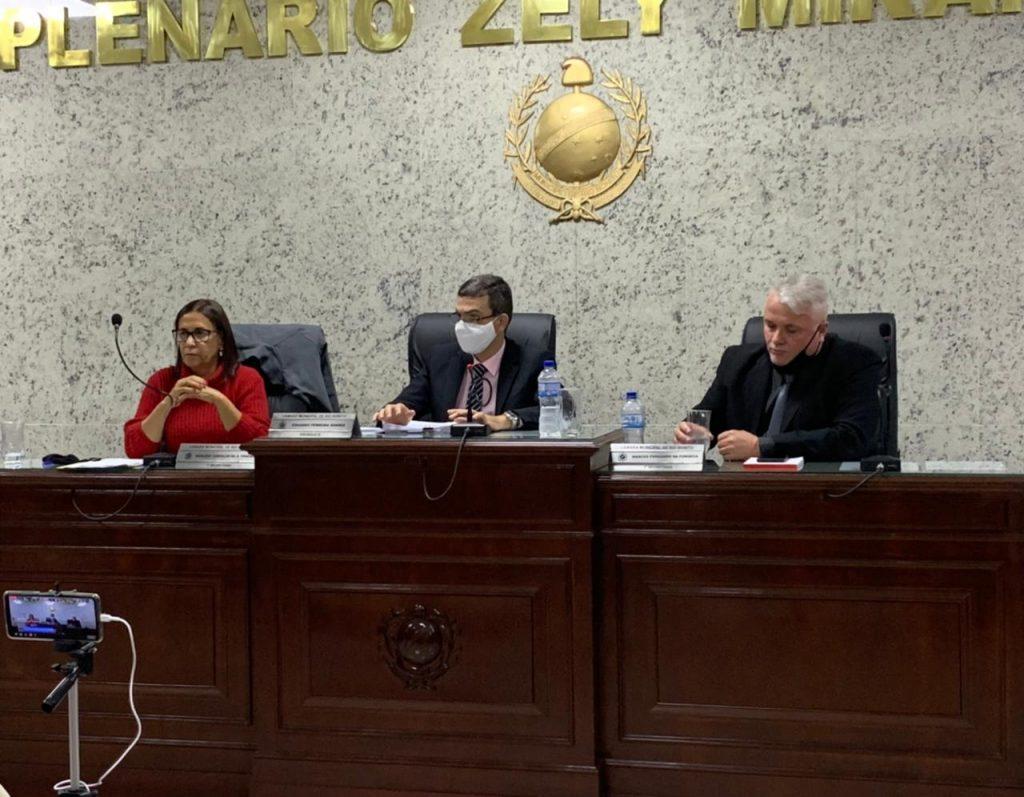 Câmara aprova pedido de audiência pública sobre intervenção do Hospital