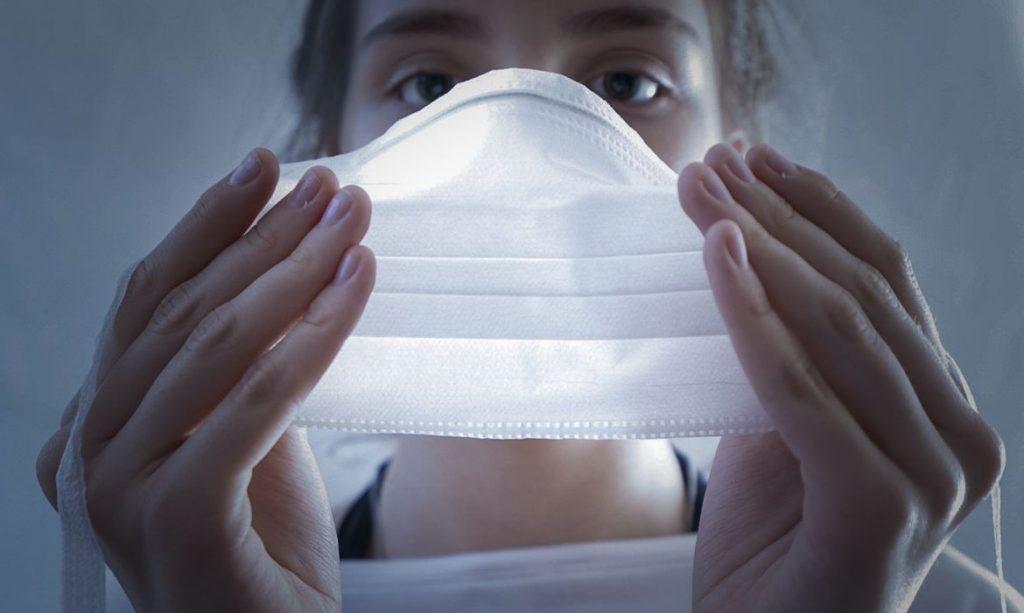 Fiocruz: passaporte vacinal e máscara são fundamentais para reabertura