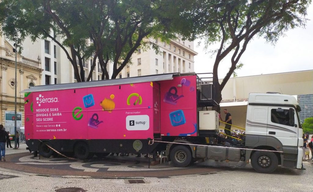 Caminhão Itinerante da Serasa chega em São Gonçalo