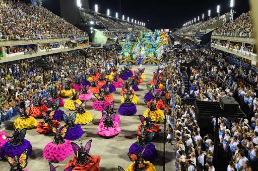 Eduardo Paes proíbe escolas de samba e blocos no carnaval