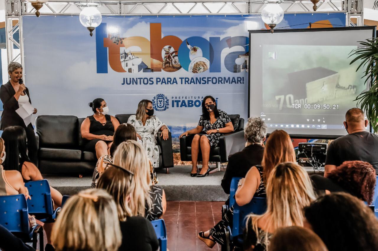 Dia da conquista do voto feminino é celebrado de forma inédita em Itaboraí