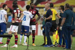 Jogador Ramirez, do Bahia, é indicia pela Polícia Civil do Rio por injúria racial contra Gerson, do Flamengo