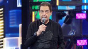 Fausto Silva assina contrato com a Band pelos próximos 5 anos