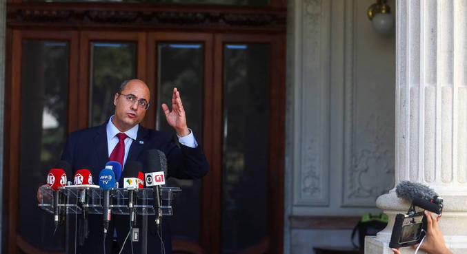 Tribunal Especial Misto aprova o impeachment do governador afastado do Rio de Janeiro com 2/3 votos pela condenação de Witzel