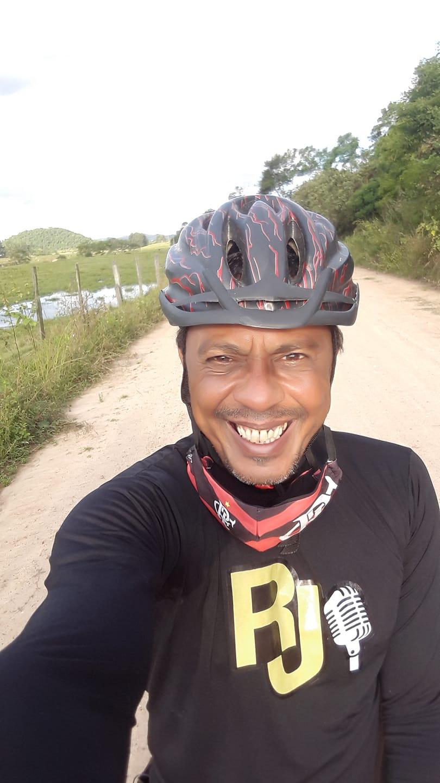 Corpo do radialista Ronaldo Jr. será sepultado hoje, às 17h, em Tanguá