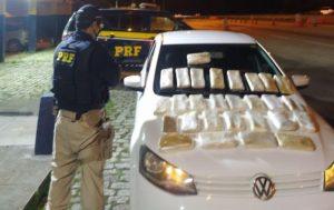 Motorista de aplicativo é preso pela PRF com 28kg de pasta base de cocaína