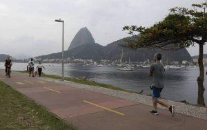 Marinha emite alerta de ressaca e Rio pode ter ventania nesta sexta; confira a previsão para o fim de semana