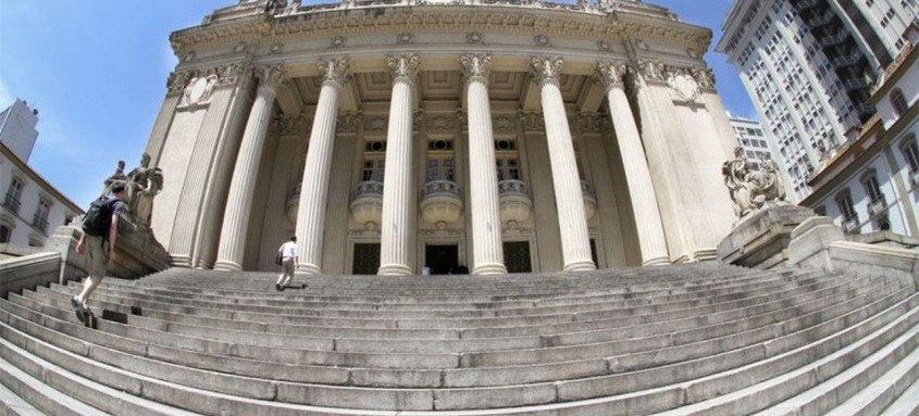 Governador sanciona lei que isenta igrejas e templos religiosos do pagamento de ICMS