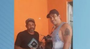 Homem mata amigo a facadas após discussão por causa de futebol, em São José dos Campos, SP