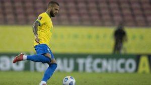 Será que vai? Flamengo esfria movimentação por Dani Alves, mas não descarta acerto relâmpago até sexta-feira