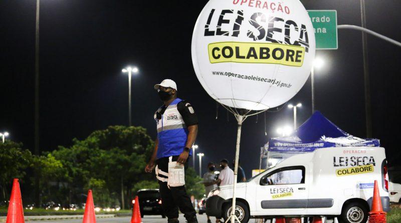 Policial Militar é atropelado durante Operação Lei Seca em Niterói