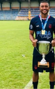 Jogador do Araruama Futebol Clube pode ter sido assassinado por traficantes, em Araruama