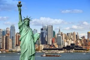 EUA vão reabrir a fronteira para turistas vacinados a partir de 8/11