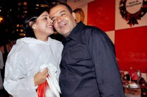 Justiça autoriza mais um leilão das joias apreendidas com Sergio Cabral e a esposa, entre os itens, um anel de R$ 106 mil
